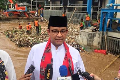 Anies Sebut Hujan Bukan Satu-satunya Penyebab Banjir di Jakarta