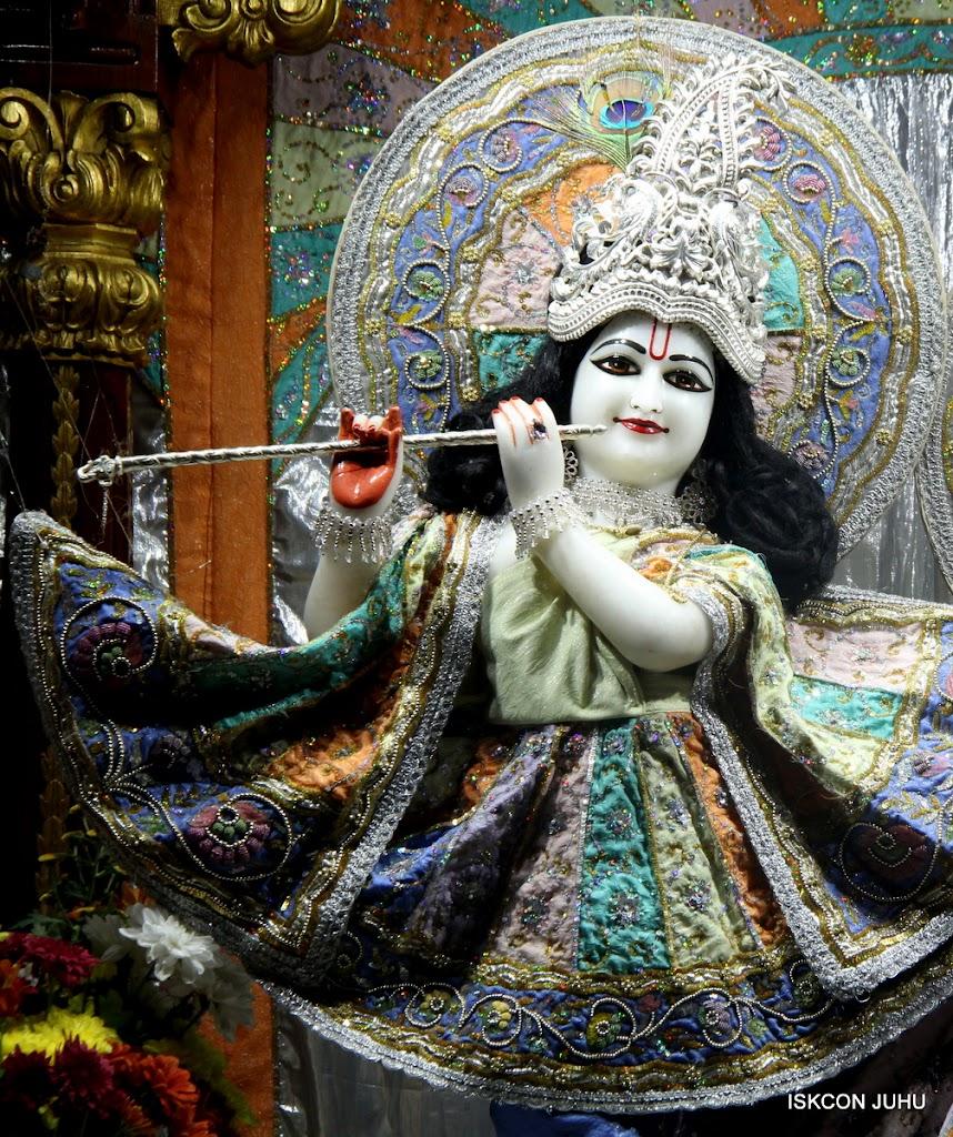 ISKCON Juhu Mangal Deity Darshan on 5th Aug 2016 (17)
