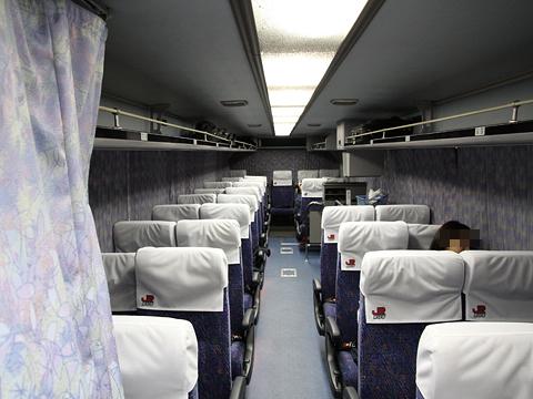 JR九州バス「広福ライナー」夜行便 748-06556 車内