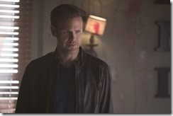 vampire-diaries-season-7-one-way-or-another-photos-4