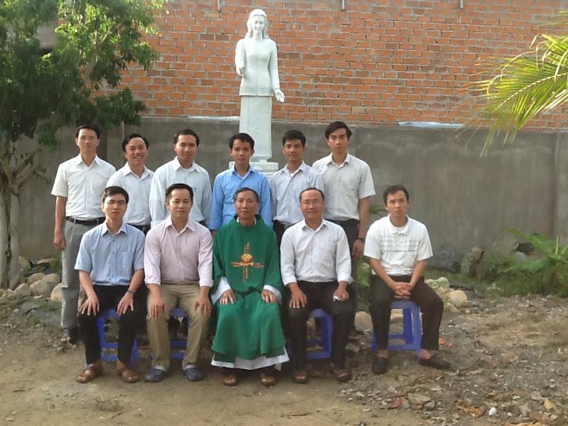 Hình ảnh đợt giúp xứ hè 7/2015 của các chủng sinh Đại chủng viện Sao Biển Nha Trang tại Giáo xứ Khánh Vĩnh
