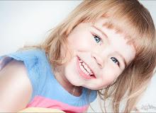 Сміх - найкраший учитель для дітей!