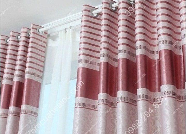 Rèm cửa cao cấp đẹp một màu có diềm hồng 6