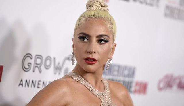 """Συγκλονιστική εξομολόγηση της Lady Gaga: """"Με βίασε στα 19 μου και με άφησε έγκυο"""""""