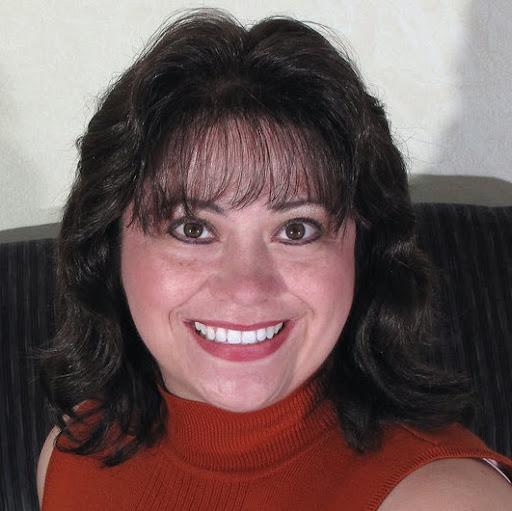 Sylvia Quiroz