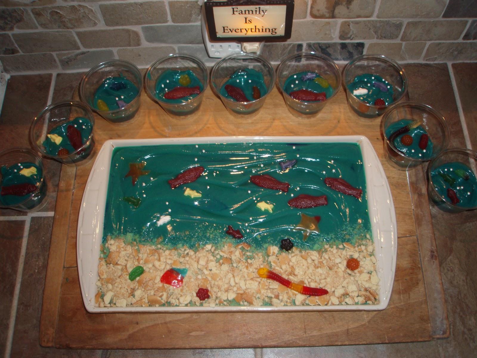 Classroom Aquarium Ideas ~ Stacy sweets fun aquarium kid treats
