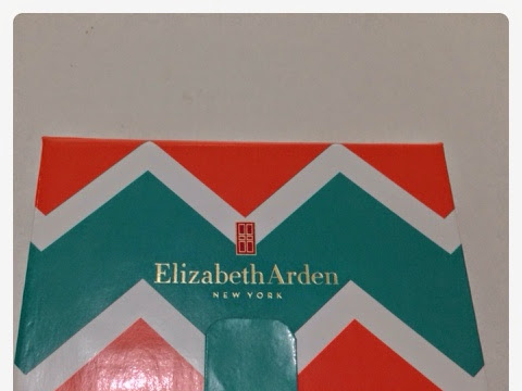 "[Review] Mini Palette from Elizabeth Arden ""Summer Bag"""