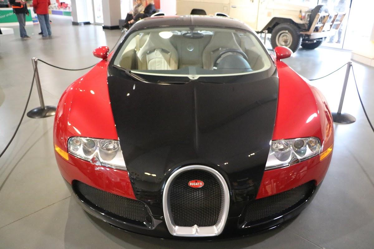 Jaguar_National_Rally_2018-04-14_0005 - Bugatti-Veyron.JPG