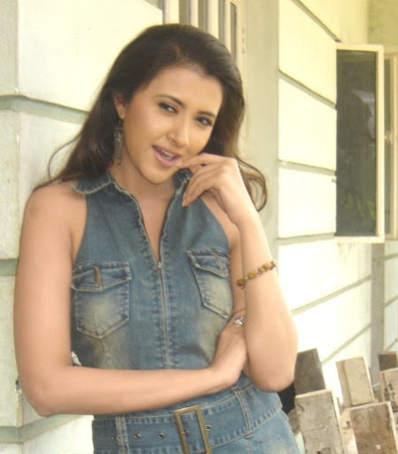 Sakshi Sivanand Hot Bikini