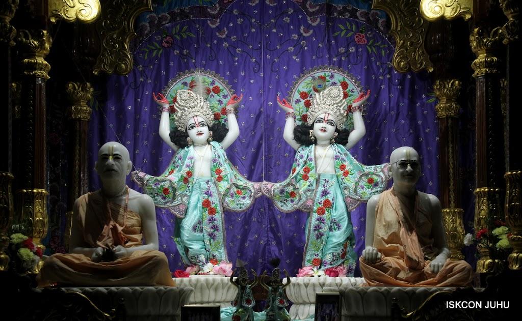 ISKCON Juhu Mangal Deity Darshan on 24th June 2016 (1)