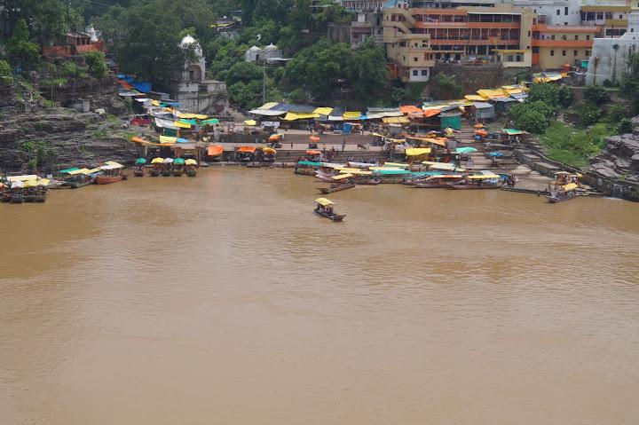 Omkareshwar and Hanmuntiya water resort - DSC06392.JPG