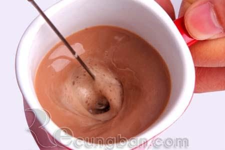 Máy đánh trứng và tạo bọt cafe cầm tay mini
