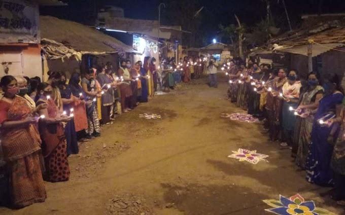 सांगलीच्या सूंदरनगर वेश्या वस्तीत वारांगना महिलांचा कँडल मार्च