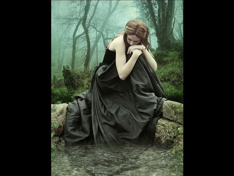 Black Swamp Fantasy Girl, Gothic Girls