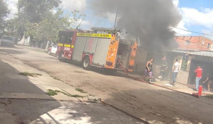 Una vivienda se incendió en calle Junin al 200