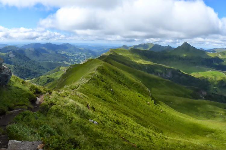 Le Cantal à pied - Les Fours de Peyre-Arse