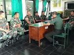 Tingkatkan Disiplin Danramil 04/Swn Beri Jam Komandan Kepada Anggota Koramil