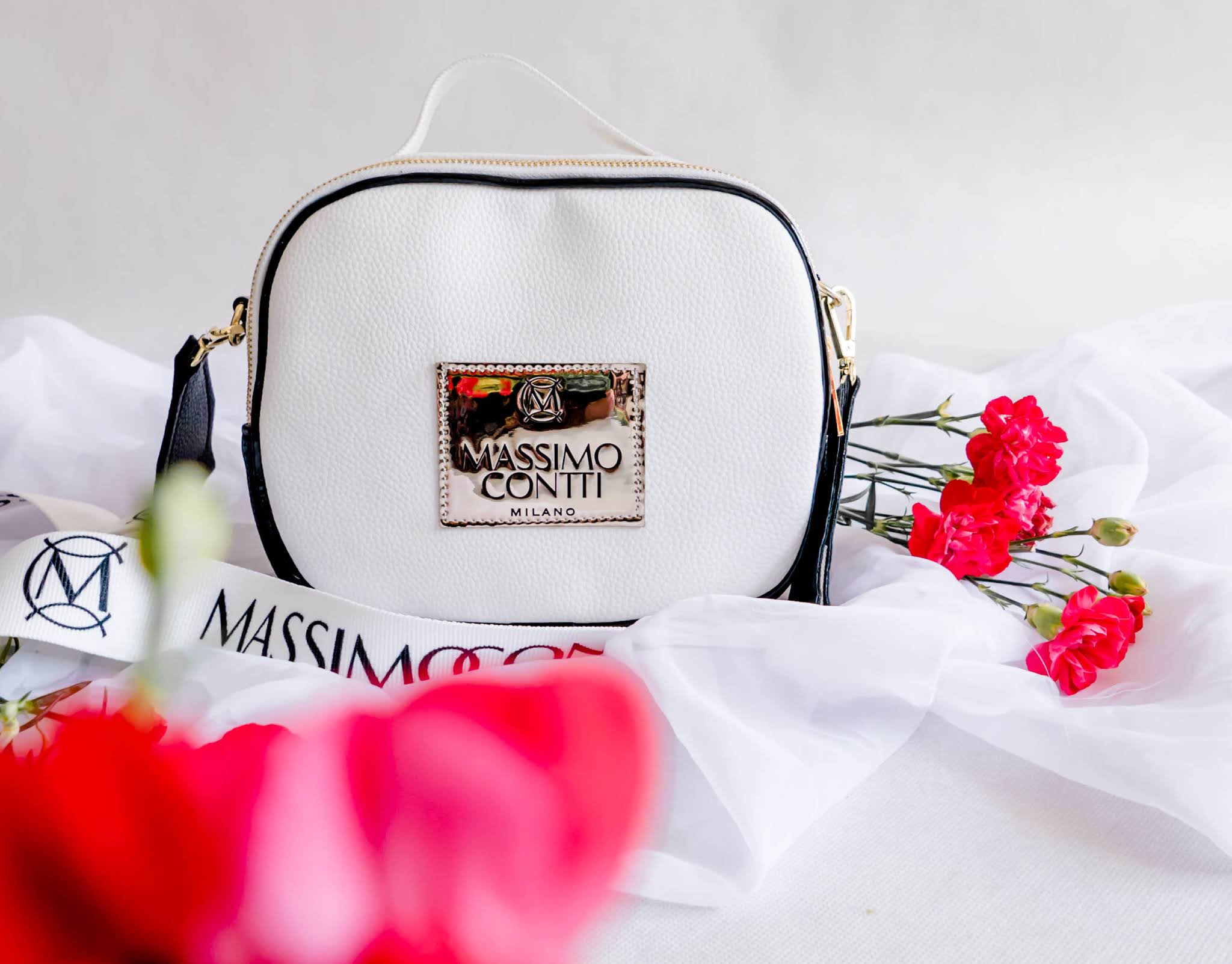 Hit bloggerek biała torebka