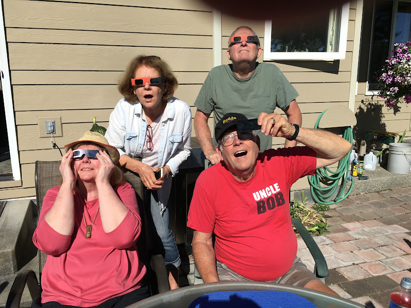 IMG_0903 - Evie, Francie, Bob and Steve pretending that the eclipse was amazing them