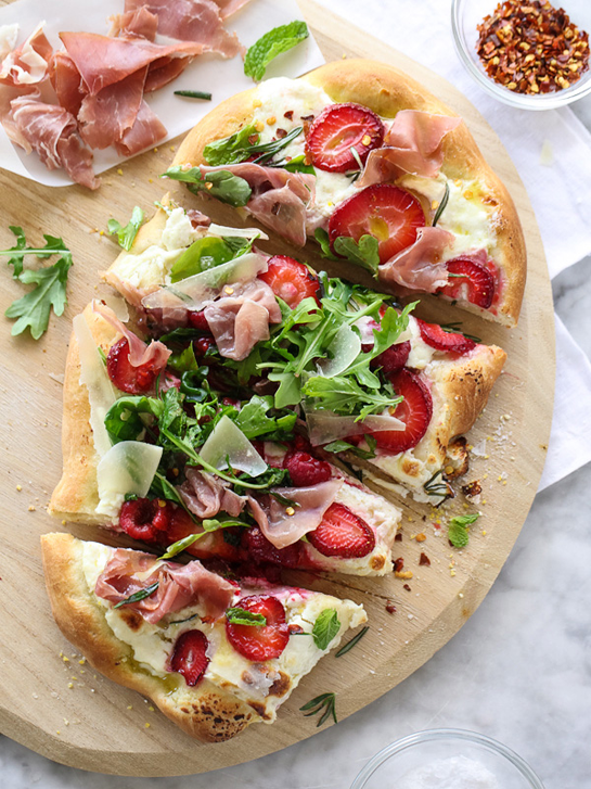 Berry-Arugula-and-Prosciutto-Pizza-foodiecrush