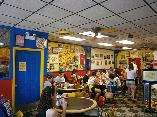 Hot Doug's in Chicago, Illinois - RatedRalph.com