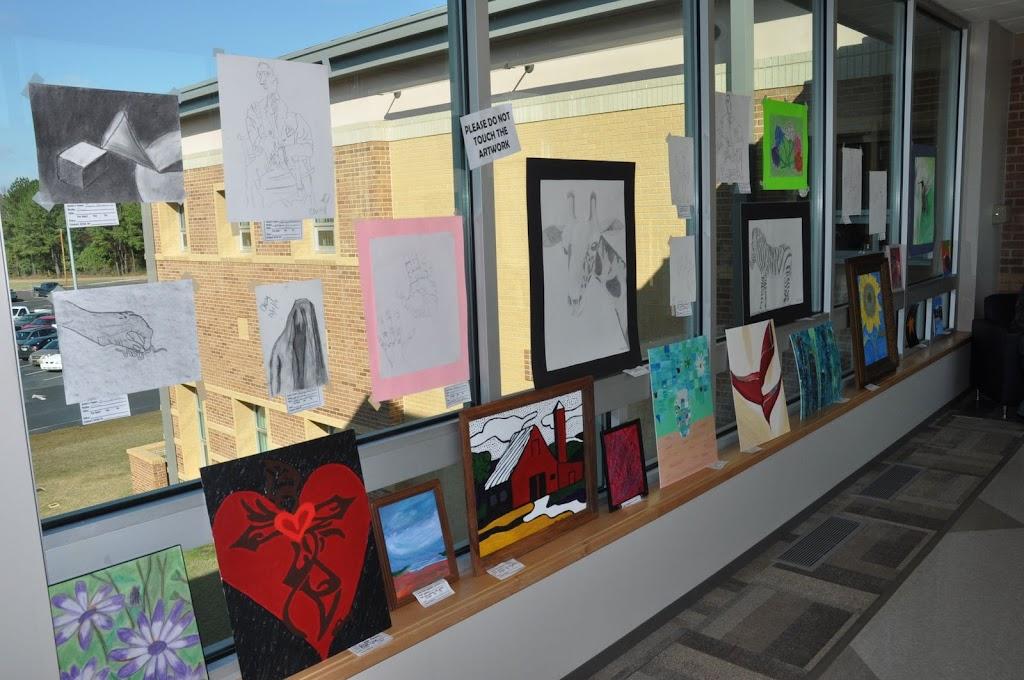 Student Art Show 2010 - DSC_0013.JPG