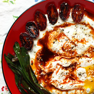 How to Make Cilbir Turkish Poached Eggs with Yogurt