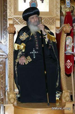 Pope Shenouda visit to St Mark - 2005 - pope_shenouda_at_st_mark_23_20090524_1650323398.jpg