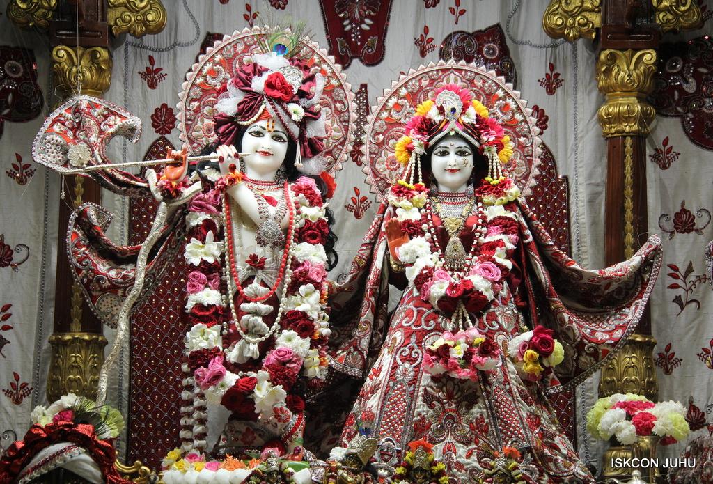 ISKCON Juhu Sringar Deity Darshan on 30th Sep 2016 (7)