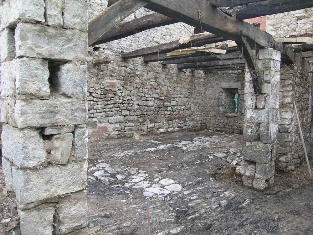 Reconstruccion Torre de Uriz - dscn8189.jpg