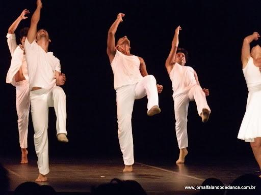 espetáculo de dança Bossa Nossa, da Cia Nós da Dança, com direção artística e coreográfica de Regina Sauer. O espetáculo aconteceu dentro da programação