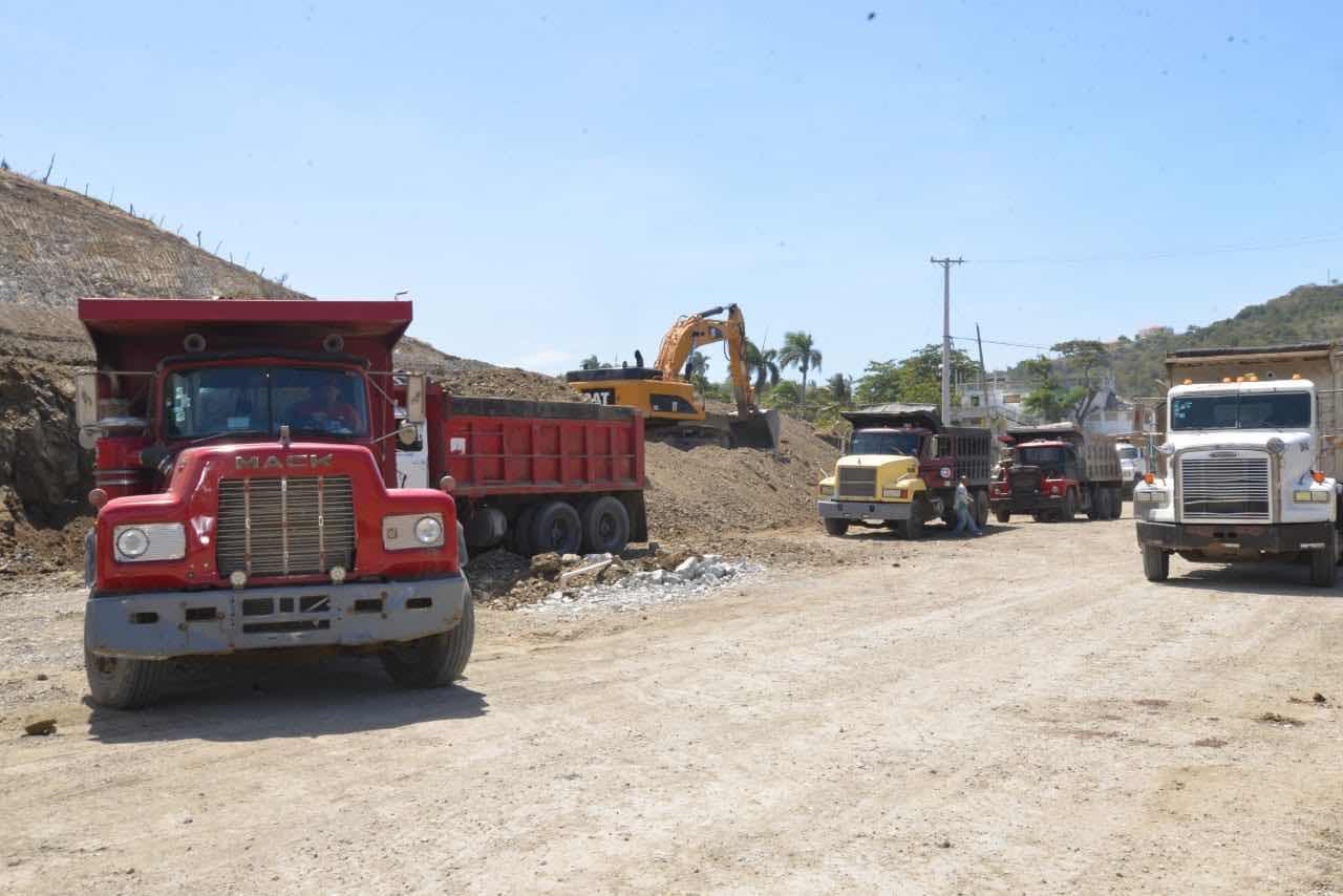 MOPC intensifica trabajos de reconstrucción carretera Navarrete-Puerto Plata; Los mismos se encuentran muy avanzados