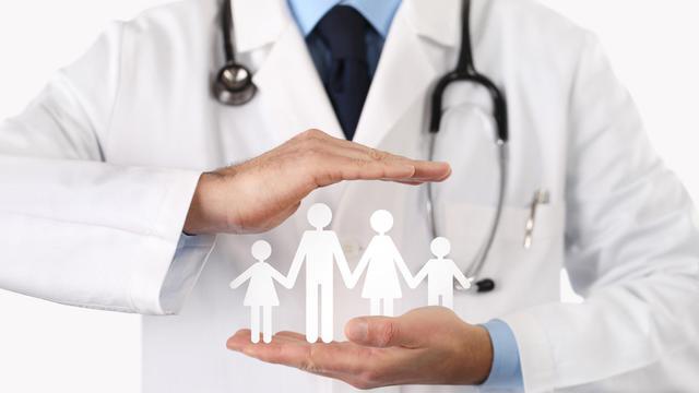 BPJS Defisit, Akankah Iuran Kesehatan Rakyat Melangit?