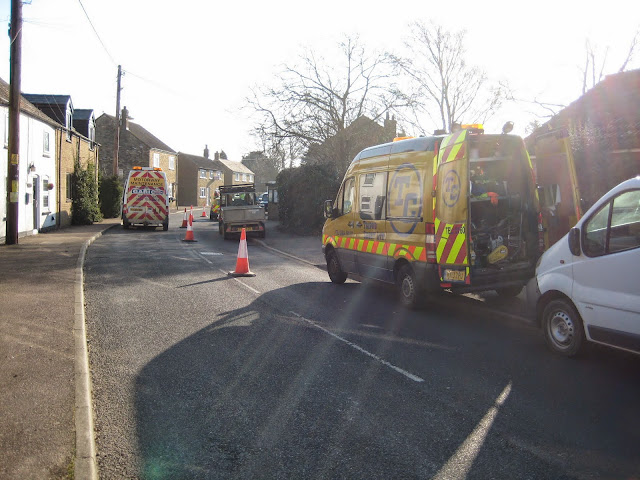St Johns Close Resurfacing 23-03-2015. Pictures by Chris Cannon - IMG_1054.JPG