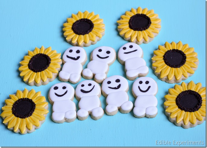 Frozen Fever Sugar Cookies -sunflowers and snowgies
