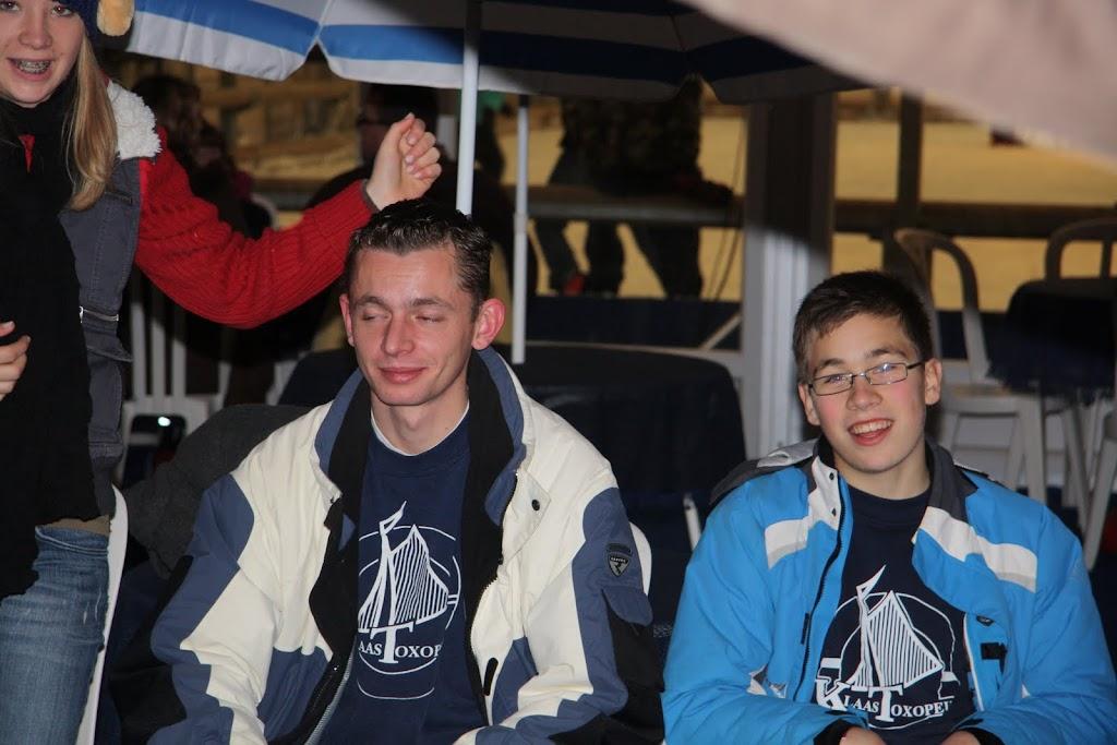 Sinterklaas bij de schaatsbaan - IMG_0439.JPG