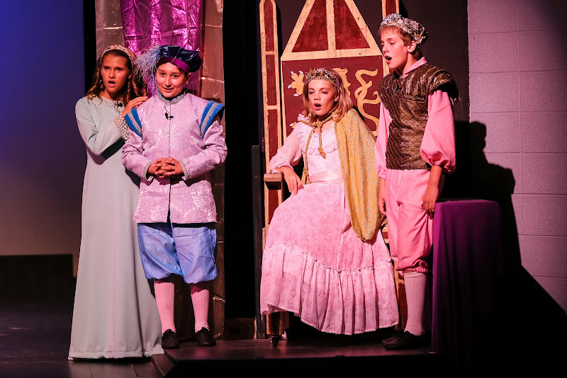 2014Snow White - 92-2014%2BShowstoppers%2BSnow%2BWhite-6352.jpg