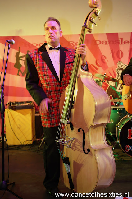 Phil Haley  & his Comments bij 20 Jaar Dance to the 60's Rock n Roll Dansschool (228).JPG