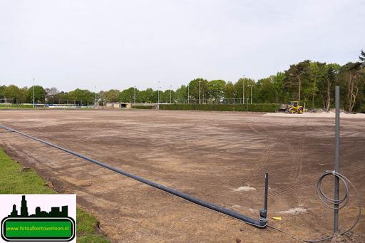 aanleg kunstgrasveld sss'18 08-05-2015 (8).jpg