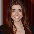 alyson-hannigan-long-layered-straight-red.jpg