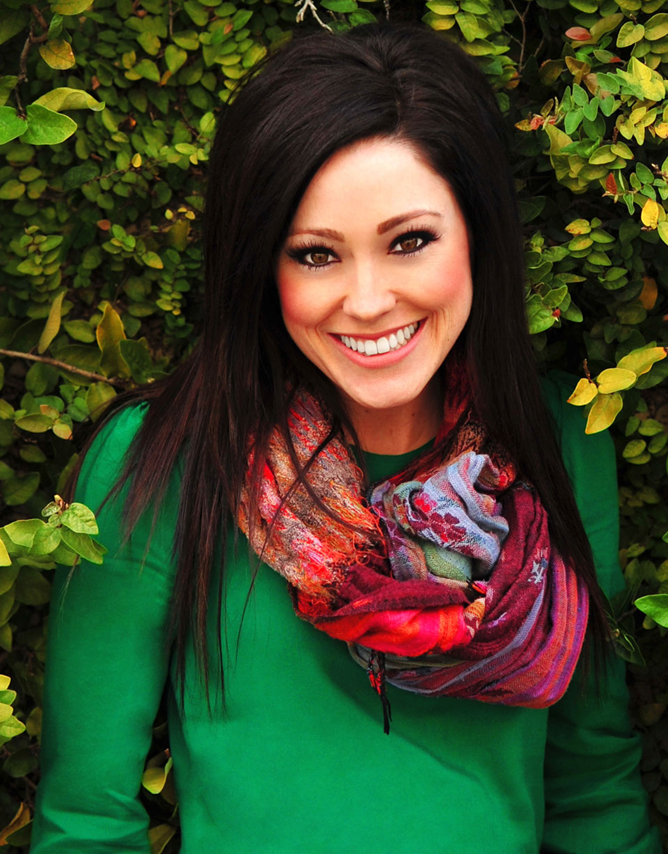 MEET WORSHIP LEADER, KARI JOBE - Crownpaste Blog