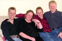 Groeneweg, Marianne, Peter, Walter, Ronald 2004.jpg