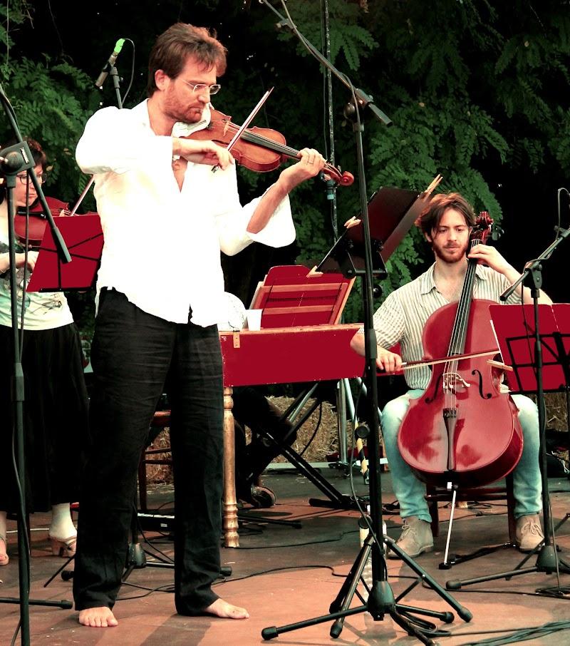 il violinista scalzo di fremorgan