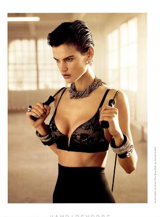 Youtube: Luz Elena Gonzalez - Nuevas Fotos en Revista H para Hombres
