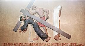 IIIème Station : Jésus tombe pour la première fois