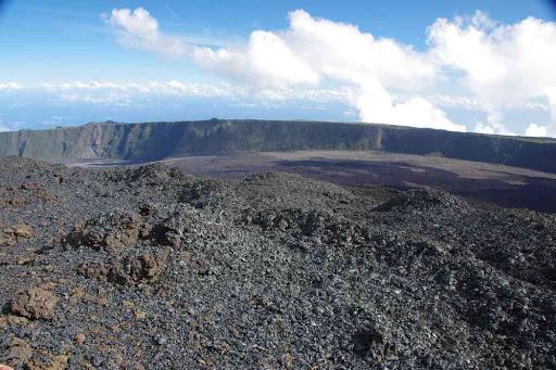 Le site de l'éruption de février 2015.