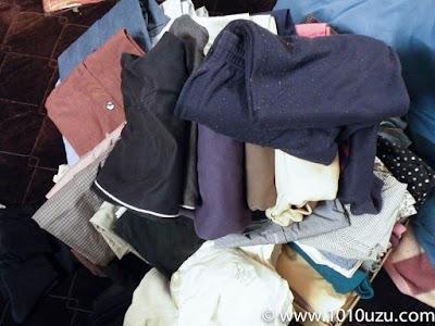 忘れていた衣類を積み上げた