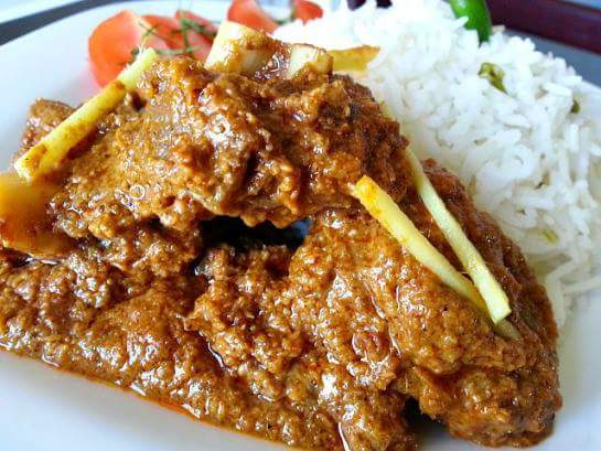 GOAT MEAT AND COCONUT CURRY