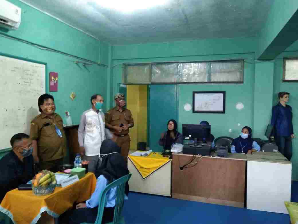 Ujian kompetensi dimasa pendemi Covid 19 Di SMK PGRI 1 Palimanan , kabupaten Cirebon.