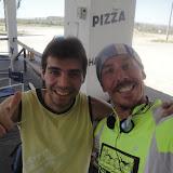 Luciano, gestore del negozietto alla pompa di benzina, entusiasta del mio viaggio, appassionato di bici vorrebbe fare un viaggetto e mi chiede informazioni varie